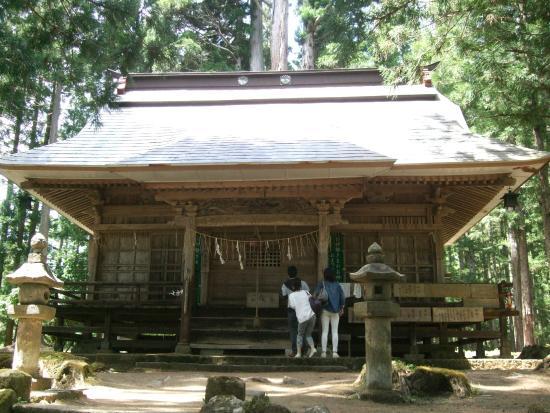 Takakura Shrine