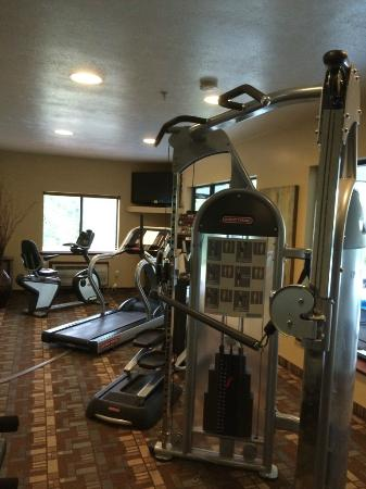 Holiday Inn Express Morgantown: Excerise room is above average