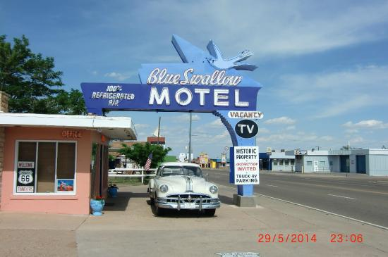 Blue Swallow Motel: Route 66 Icon