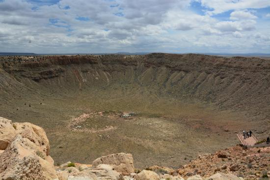 Meteorito: Picture Of Meteor Crater, Flagstaff
