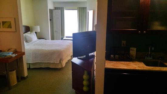 SpringHill Suites by Marriott Tampa Westshore Airport: View from entrance to room