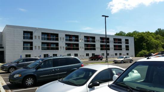 Eddy's Resort: New Hotel