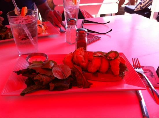 Patio American Grill: Shrimp Pou0027boy Under The Red Umbrella