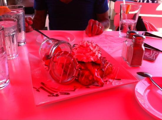 Patio American Grill: Strawberry Shortcake Under The Red Umbrella