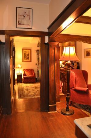 Oak Bay Guest House: Lobby