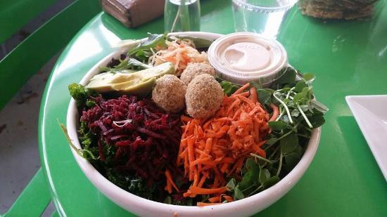 Ezra's Enlightened Cafe: buddha bowl - delicious!