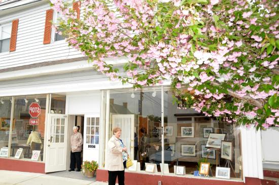 Tappahannock Art Gallery on Prince Street and Water Lane