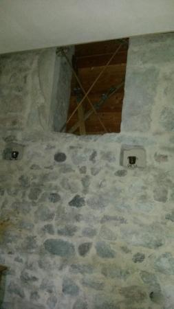 Un tuffo nel passato foto di castel vasio fondo for Castel vasio