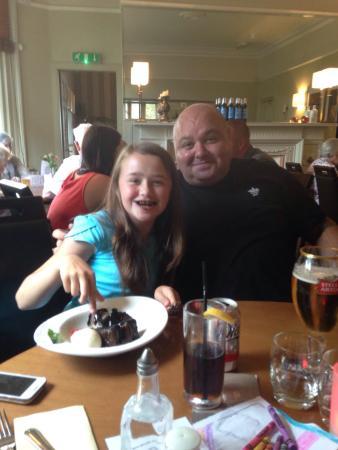 The Chestnuts Hotel Restaurant: Lovely family dinner!