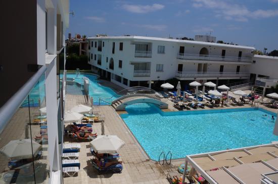 Sofianna Hotel Apts.: Pool