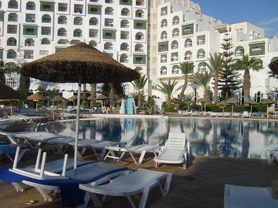 Marhaba Palace Hotel : the pool area