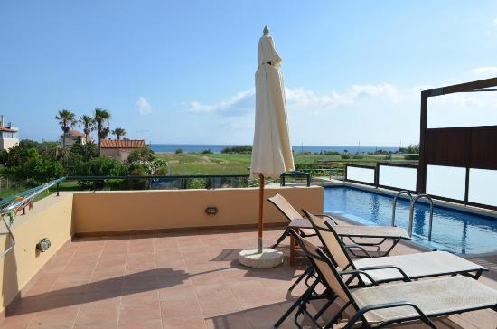 Corali Villas: Pool