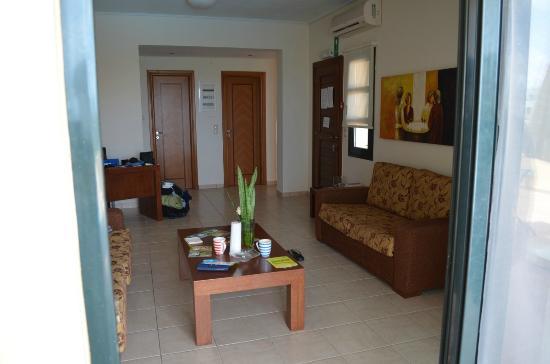 villa wohnzimmer:Corali Villas: Wohnzimmer