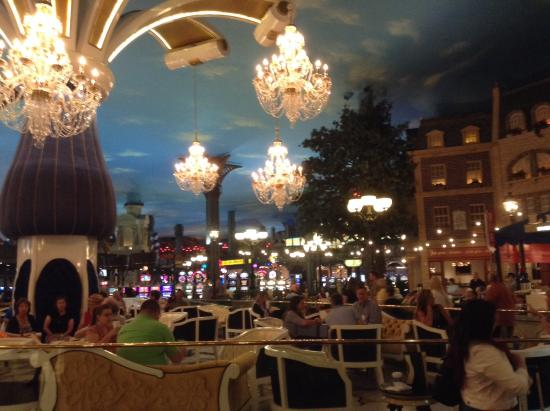 Paris Las Vegas One Restaurant At The Foot Of Eiffel Tower Hotel