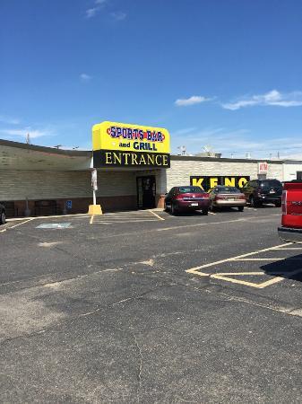 Hastings Keno Sports Bar and Grill : Entrance