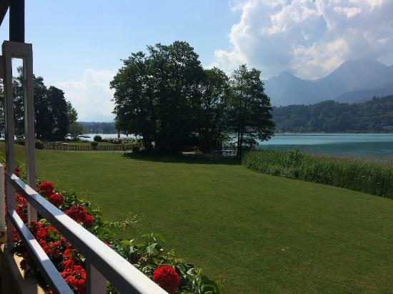 Faak am See, Austria: Inselhotel your BF View