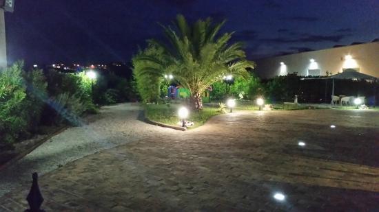 Il giardino foto di sherazade restaurant pizza sant - Ristorante il giardino porto sant elpidio ...