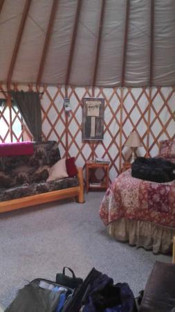 Sourdough Sue's Yurts: Inside our Yurt