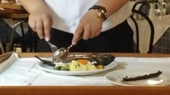 Arsenis Taverna: fish deboned tableside