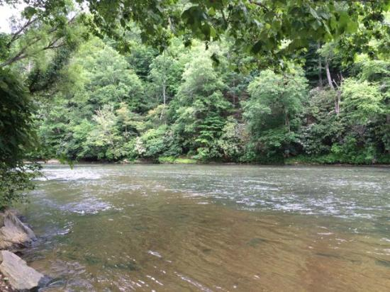 New River State Park: The New River is the oldest in the U.S. and one of the oldest in the World
