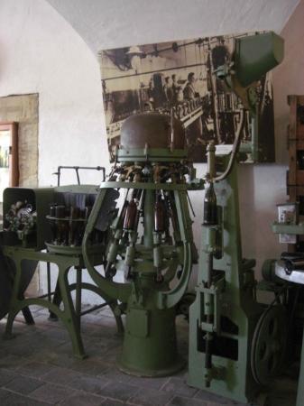 Frankisches Brauereimuseum, Bamberg: Maquinário do museu da cerveja pára engarrafar