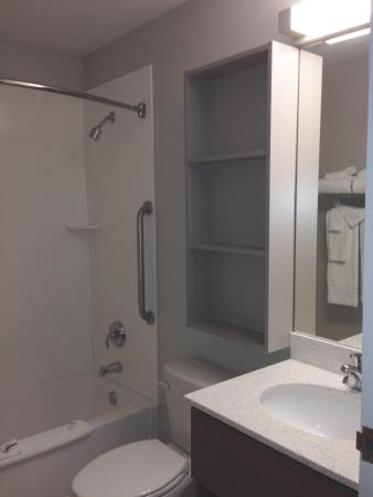 Microtel Inn & Suites by Wyndham Victor/Rochester: New Bathrooms!
