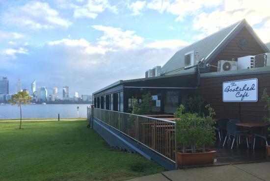 the boatshed restaurant picture of the boatshed. Black Bedroom Furniture Sets. Home Design Ideas