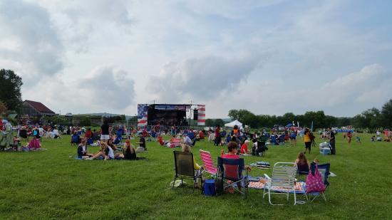 Leesburg, VA: Enjoying the 4th @ Ida Lee Park!