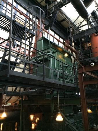 Steam Plant Square: photo2.jpg