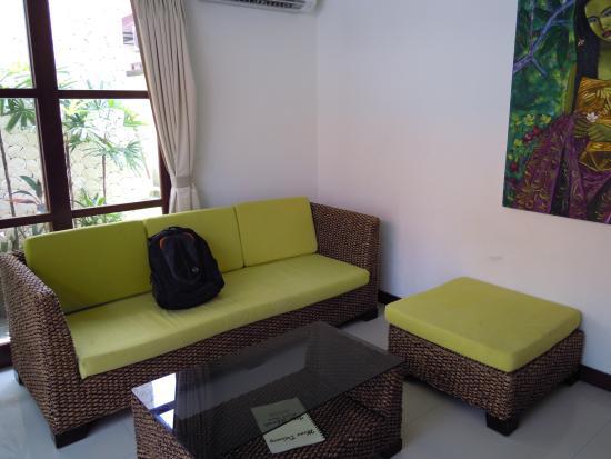 Bali Sanur Beach Villas: Master suite king bed