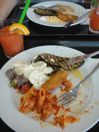 Migros Restaurant: My plate, with fried fish, grilled zucchini and potato mayonnaise salad