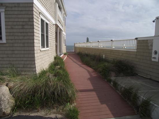 The Breakers on the Ocean: walkway past pool to beach