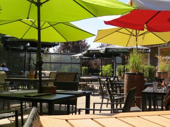 Chilliwack restaurants with patios