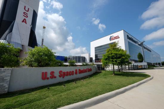 Huntsville, AL: US Space and Rocket Museum main gate