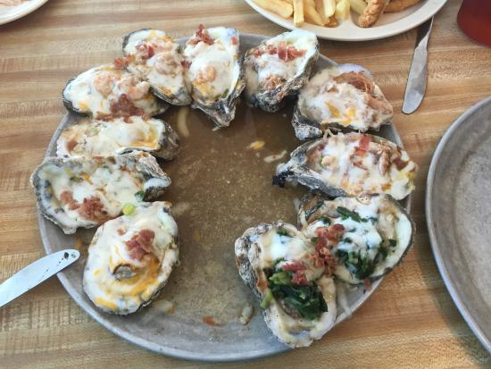 Marina Oyster Barn: Steamed oyster sampler platter (minus one oyster already eaten)