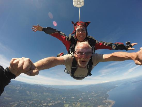Hippie and Gary in Freefall - Picture of Skydive Vancouver Island