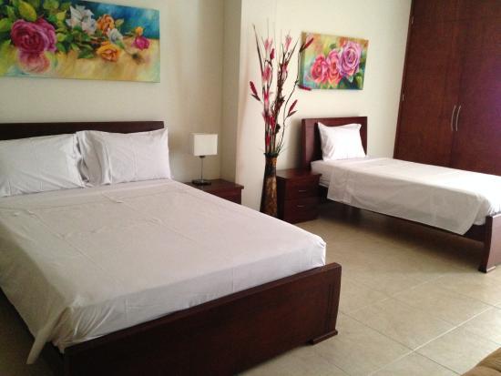 Hotel Primavera Plaza: limpias