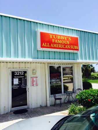 Tubby's Famous All American Subs: Front of restaurant.