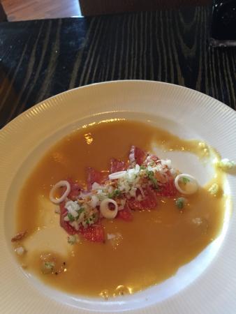 Yellowtail Restaurant & Lounge: photo1.jpg