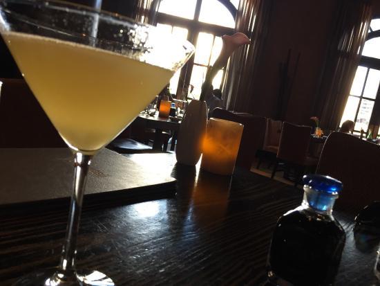 Yellowtail Restaurant & Lounge: photo3.jpg