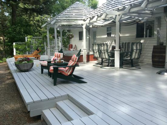 Alexandria House Bed & Breakfast: Private Deck