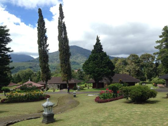 Handara Golf & Resort Bali: Overall view of the cottages