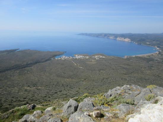 Anemes: View of Avlemonas from Aglos Georgios