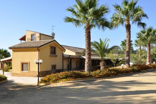 Demetra Resort: Вход