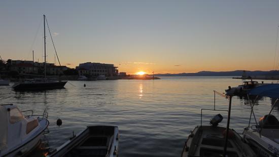 Hotel Pastura: Sonnenuntergang Postira