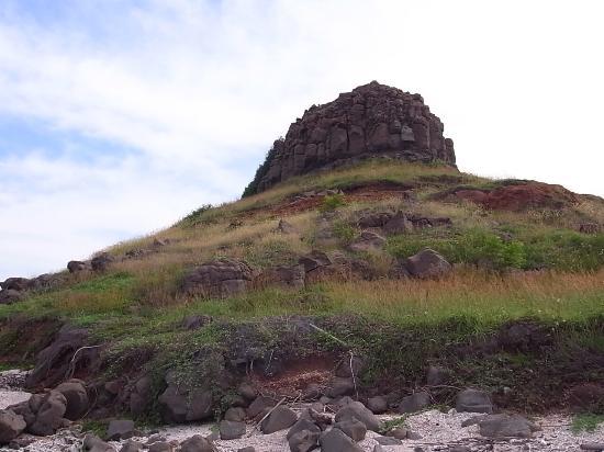Niousin Mountain