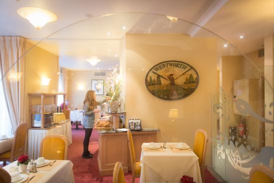 Hotel Aragon: breakfast area