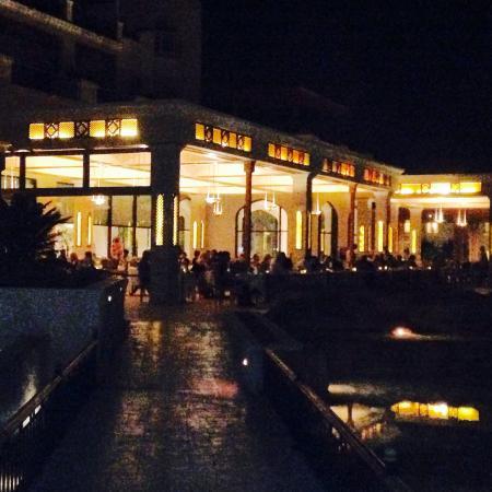 Kempinski Hotel Soma Bay: By night
