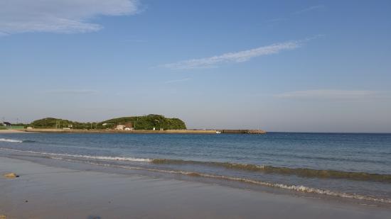 Wafu Pension Ikibokujo: 筒城浜の砂浜
