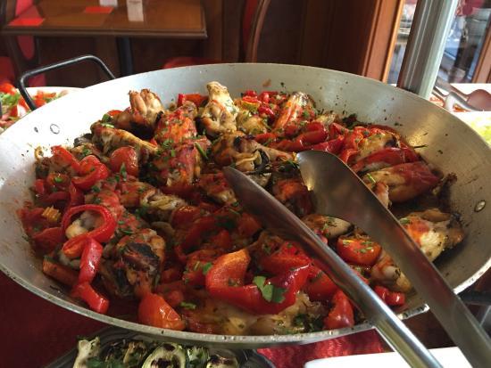 Il buffet del pranzo - Foto di sú barrixeddu, Torino - TripAdvisor